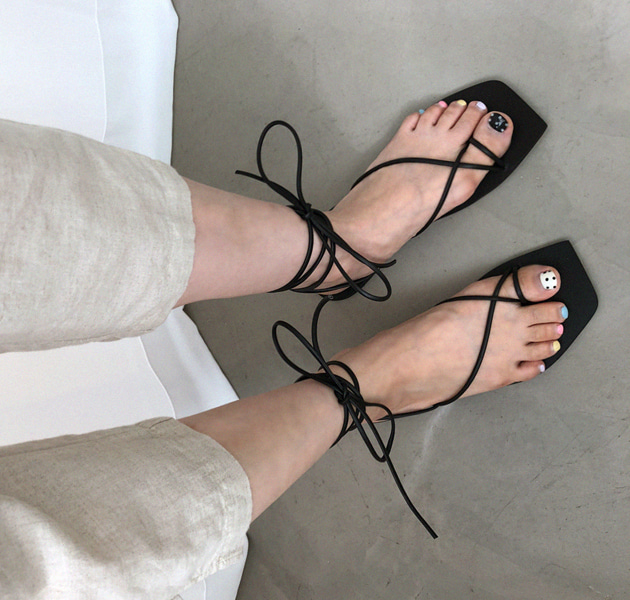 Toe Loop Wraparound Sandals