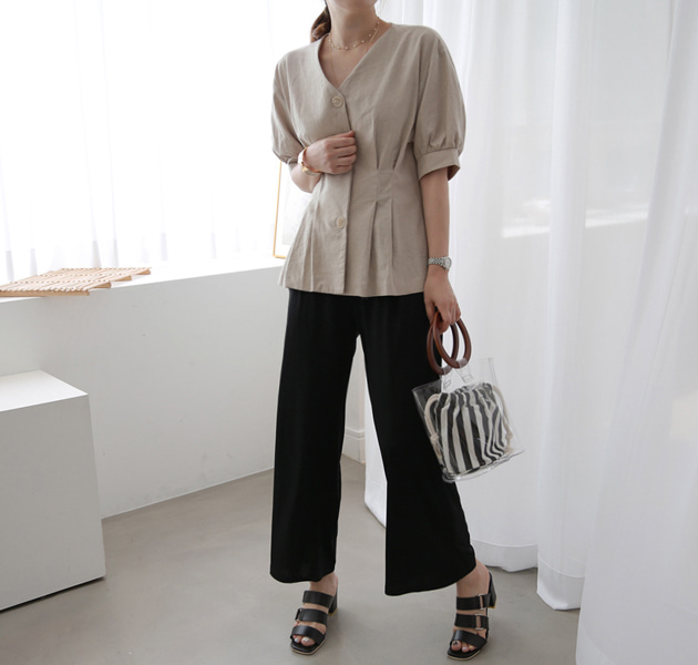 Dart Tuck V-Neck Blouse